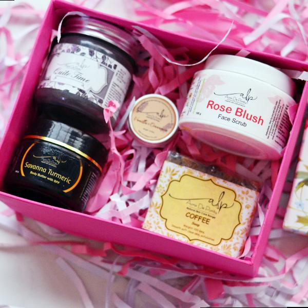 Buy Wedding Favor Gift Box Online